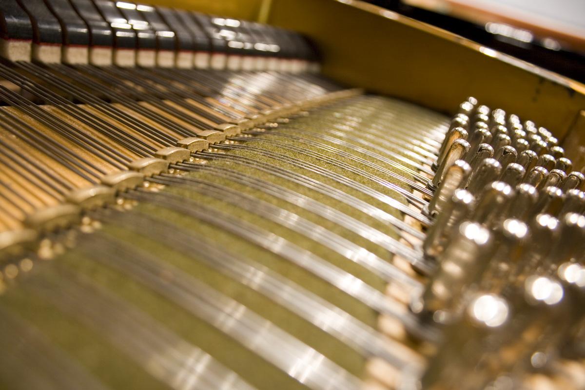 stämma piano kostnad uppsala