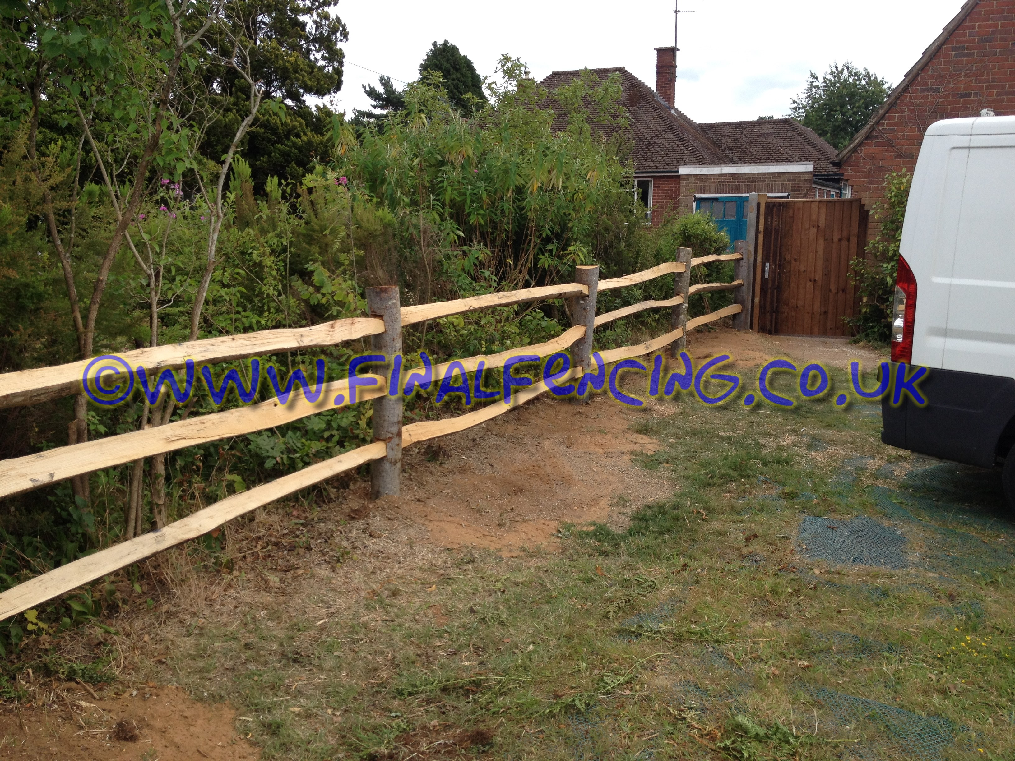 chestnut post and rail fencing
