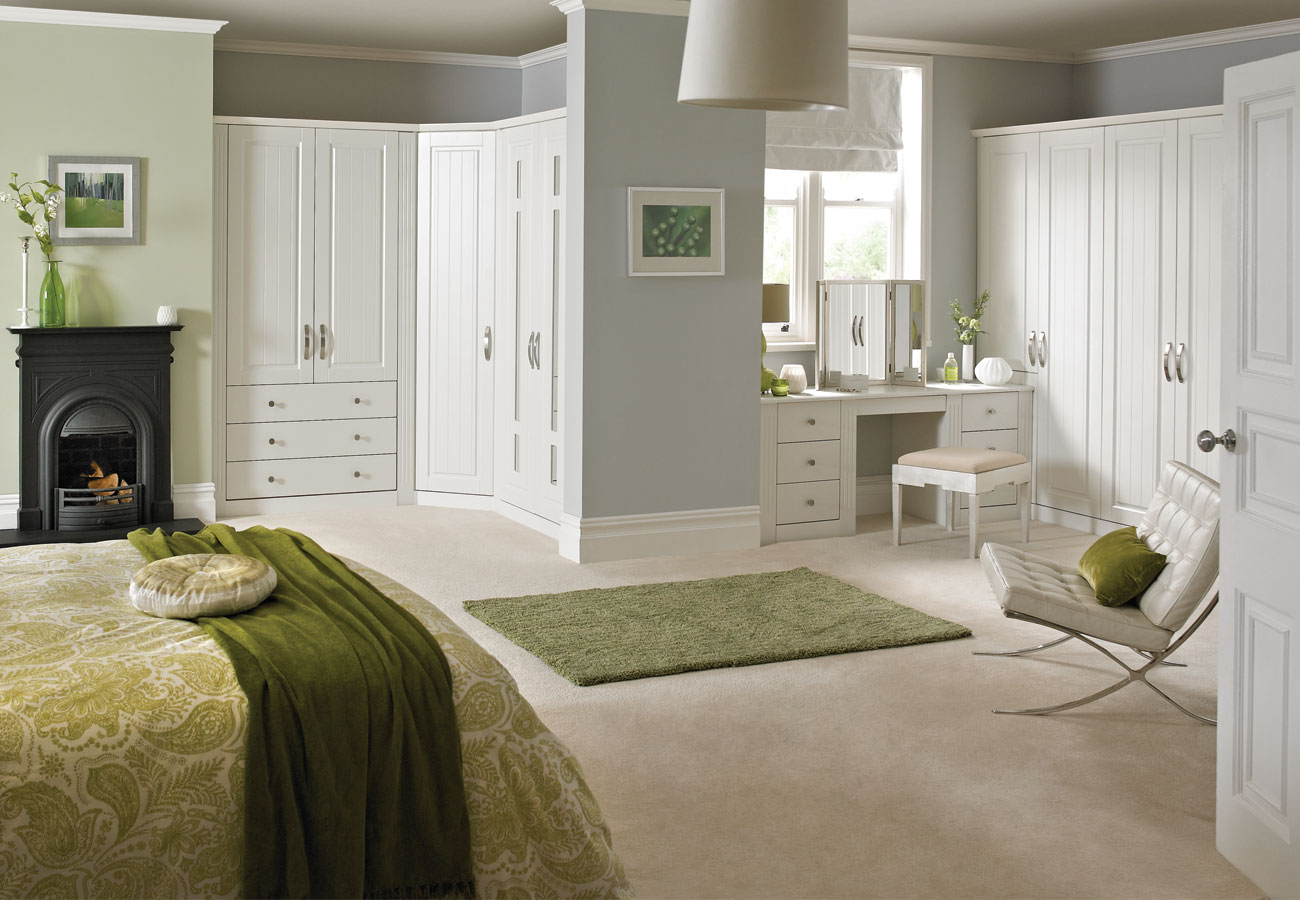 Romeo white fitted bedroom