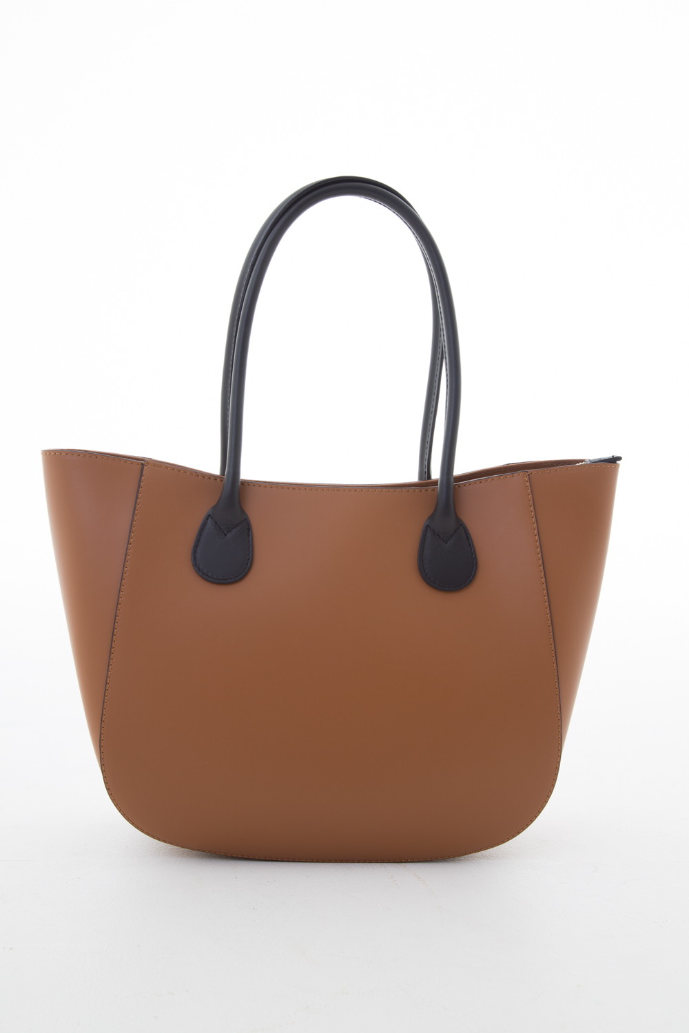 Newbury Shoulder Bag in Tan