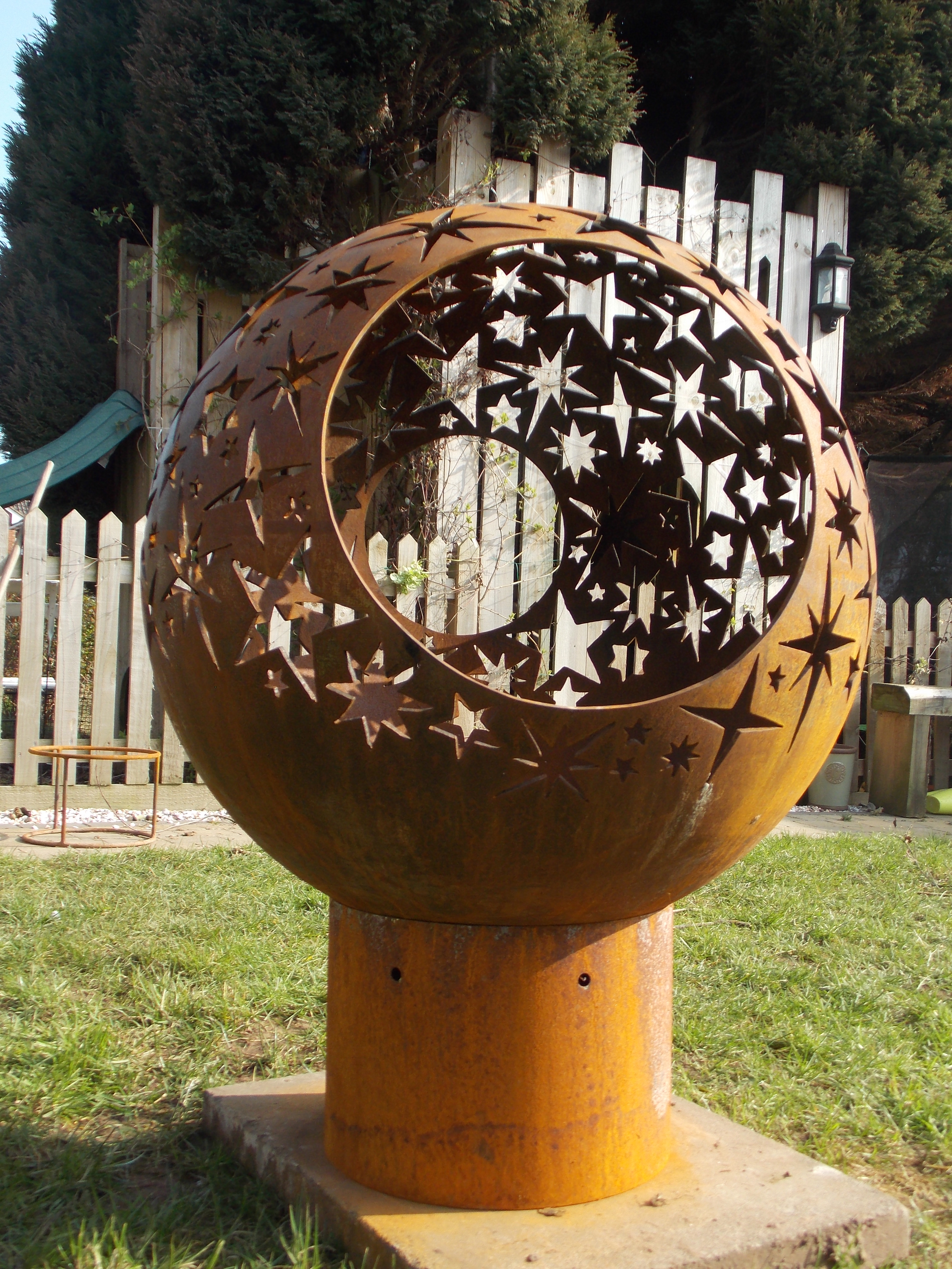 Star Sphere Fire Pit