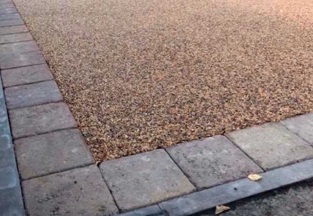 Resin bound driveway specialists Wolverhampton
