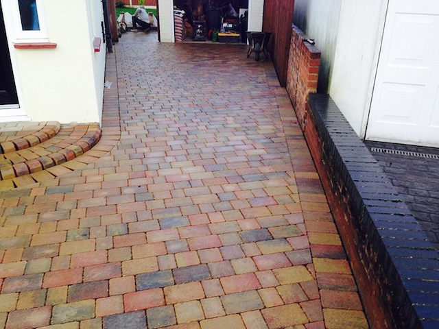 Block Paving Surrey new drives in Staines