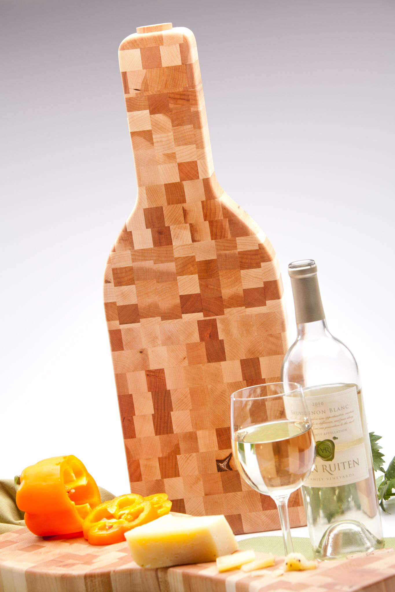 wine bottle shaped cutting board