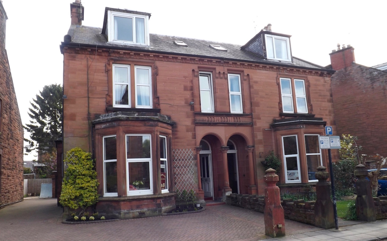 Lindean Guest House, 50, Rae Street, Dumfries