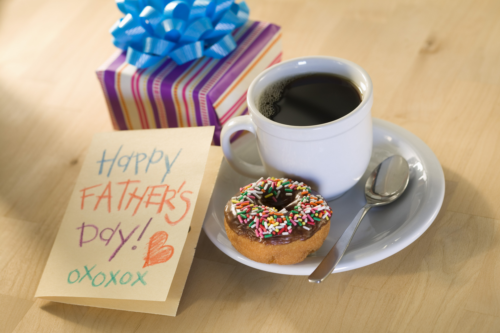 donut-and-coffee-with-father-s-day-cardjpg