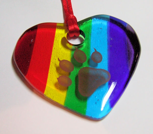 Fused-glass rainbow/chakra 'pawprint' heart (WCAWG)