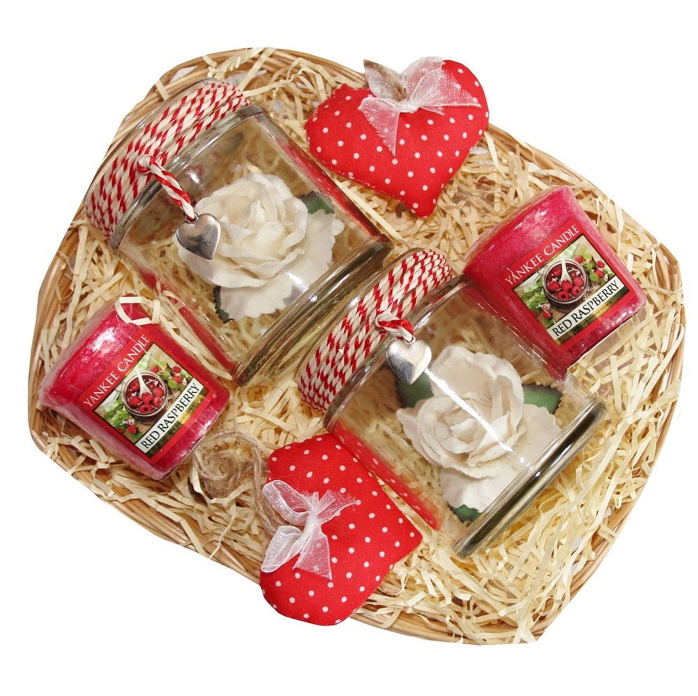 Sweet Occasions, Gift Basket - Red