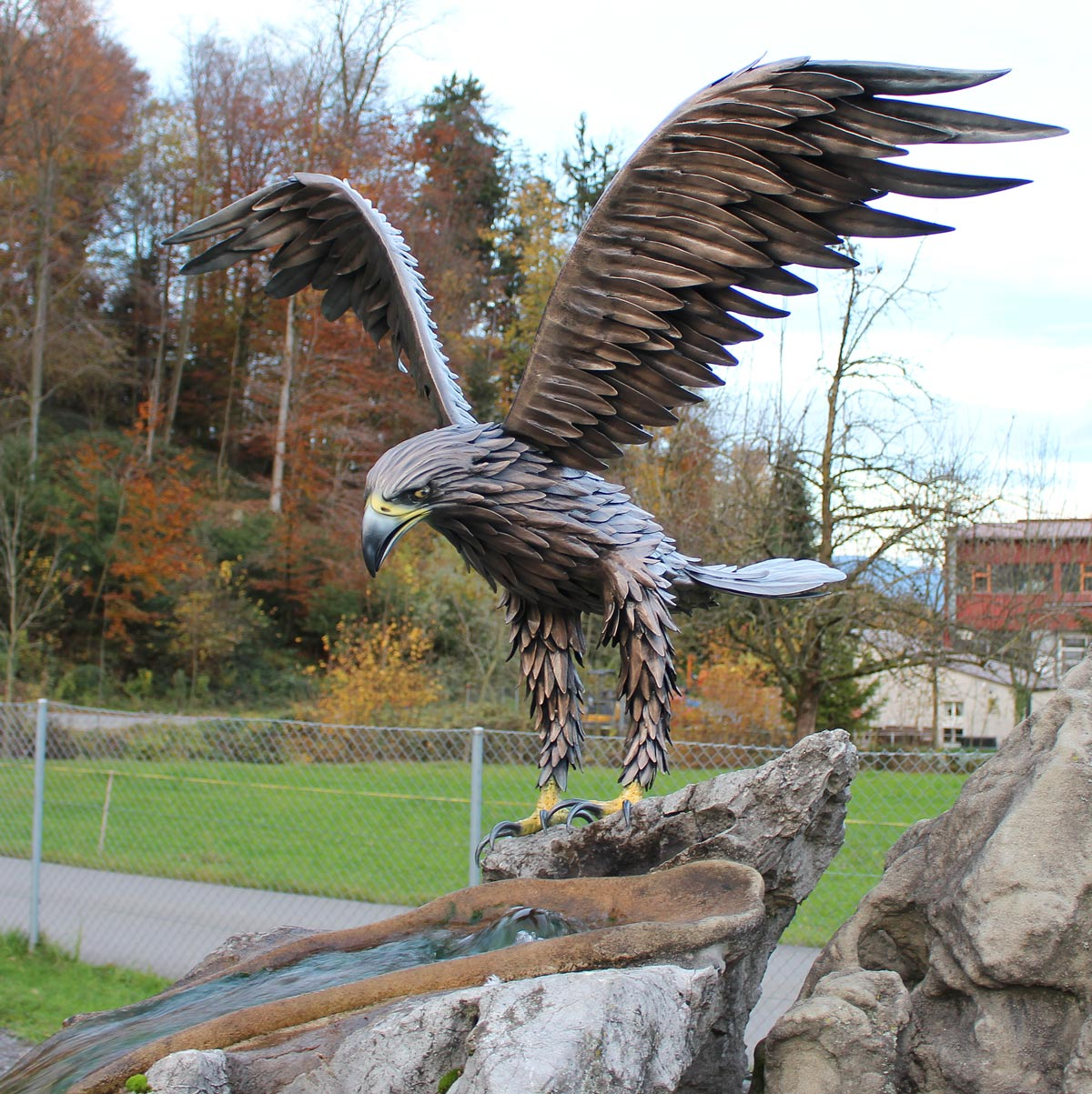 EAGLE ON THE ROCK (handgeschmiedet)