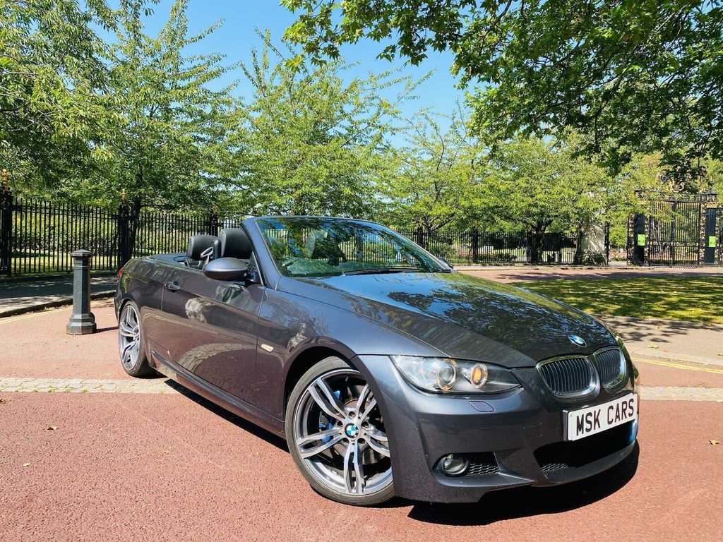 BMW 3 Series 3.0 330i M Sport 2dr Grey