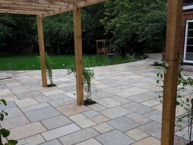 Patio builders Berkshire