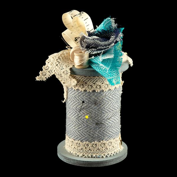 Fabric Affair Wool Spool Pin Cushion Kit