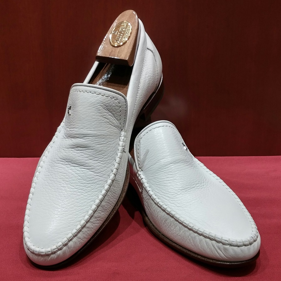 Loafer Model 624 White