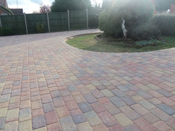 Best block paving companies in Wraysbury