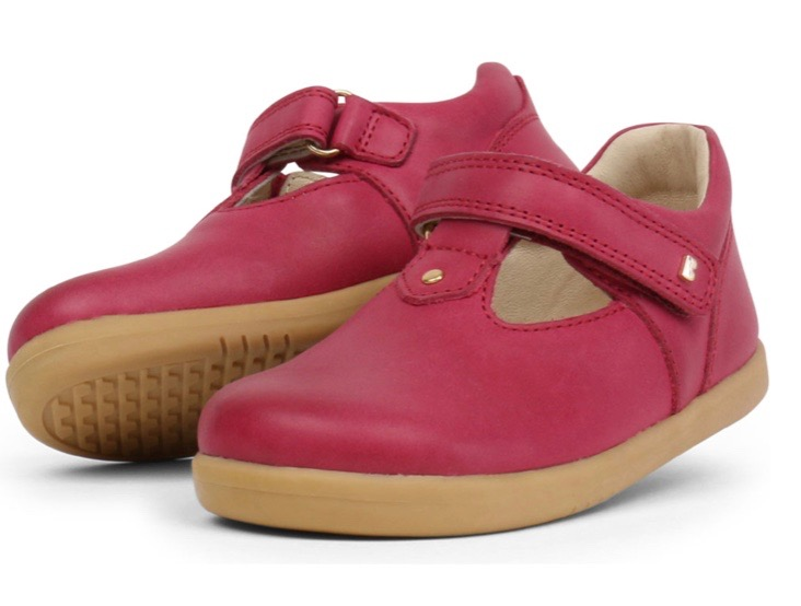 Red leather Mary Jane style shoes for toddler girls