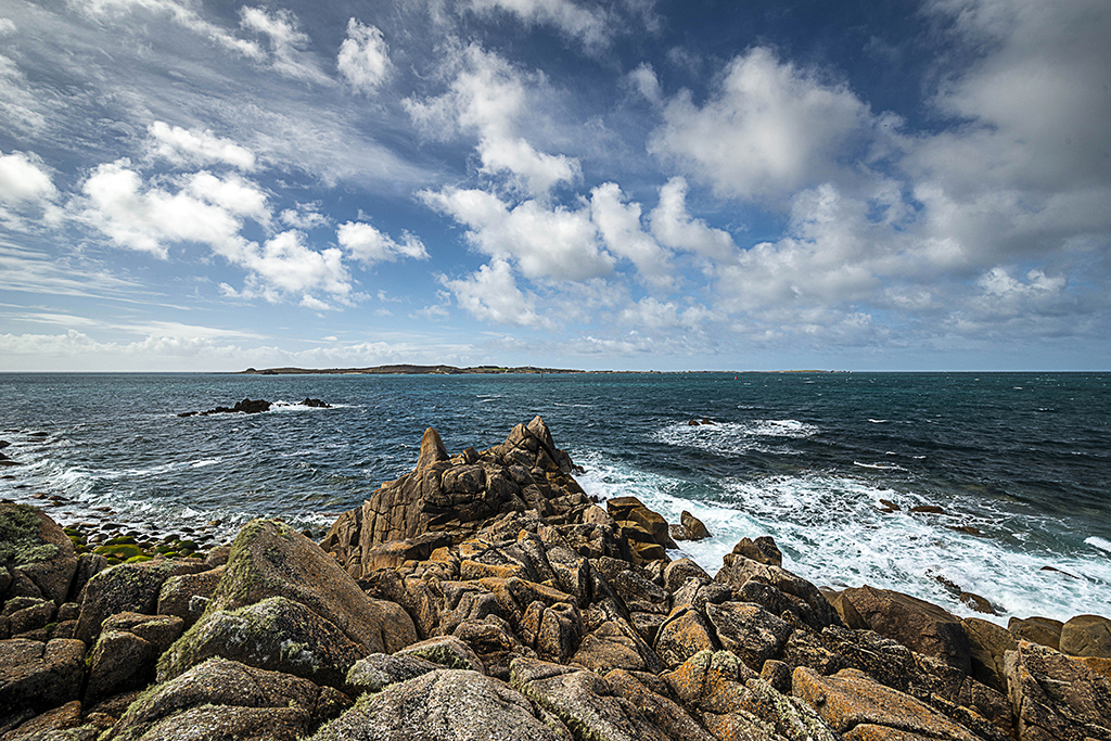 The Garrison viewpoint for Serica Rock and St Agnes over St Mary's Sound. Stock Image ID: 3046