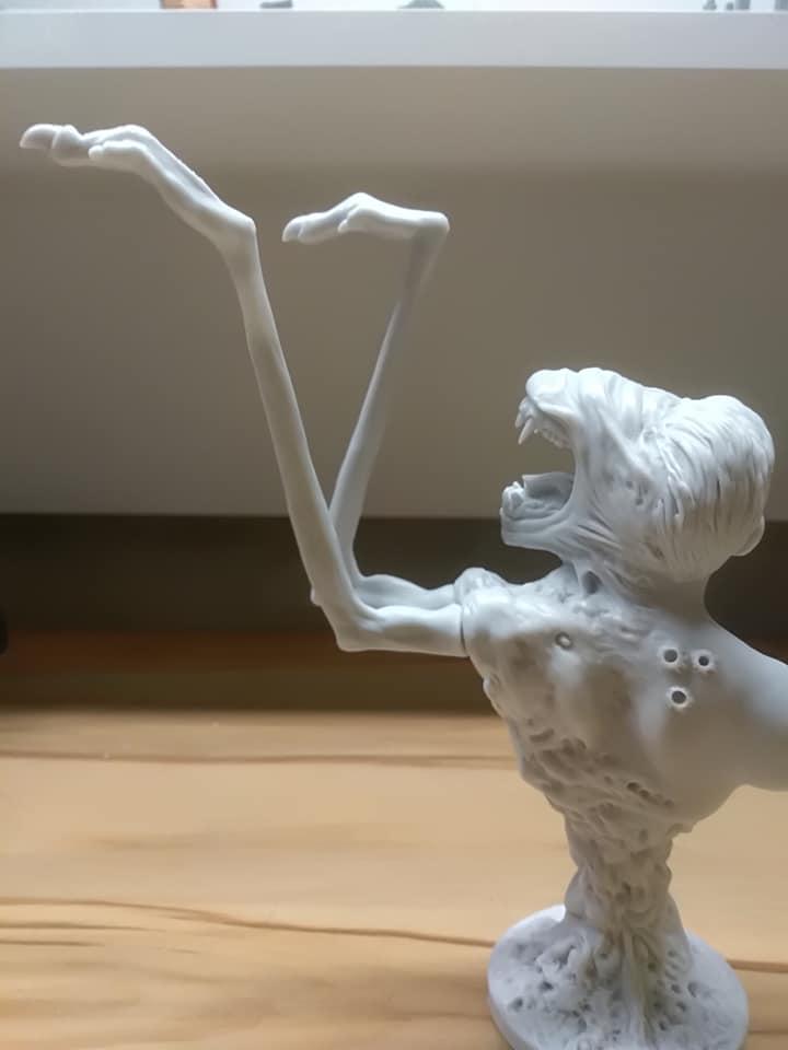 Nouveau buste 1/6 'The thing' F060a51d-ba6c-4399-bcbf-a225d053728b