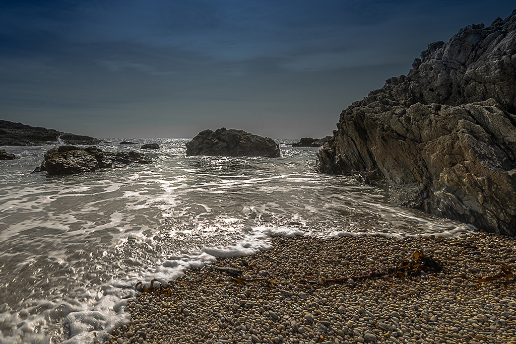 Tidal flow at Little Sleaden Rocks at Peartree Point. Stock Image ID: 2674