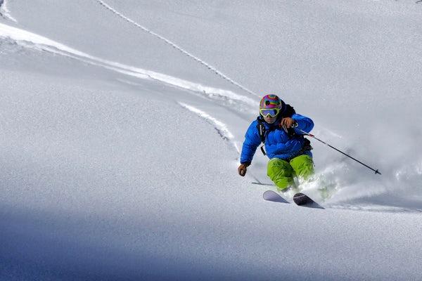 skipiste - skier in de sneeuwjpg