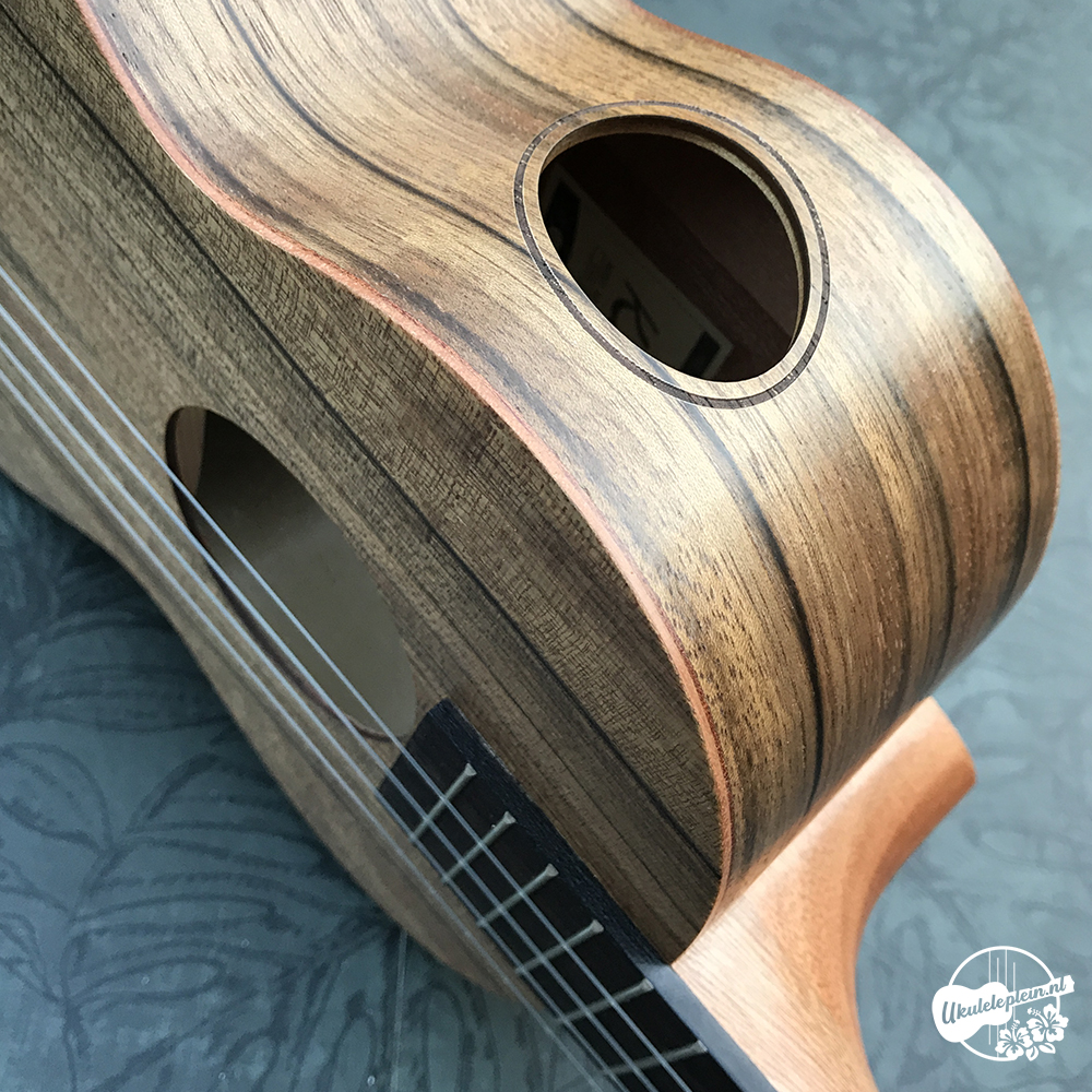 Kai KTI-20 Walnut Tenor