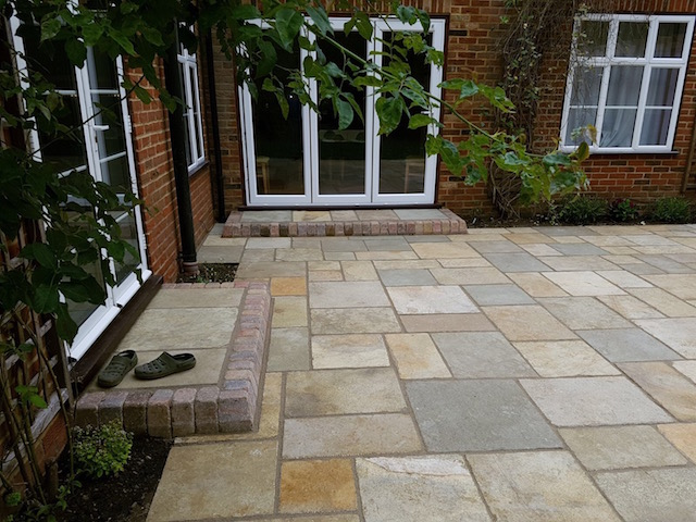 Patio builders Sunningdale