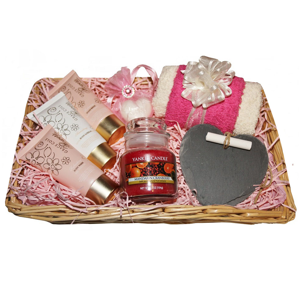 Pamper Me, Gift Basket - with Yankee Candle 'Mandarin Cranberry'
