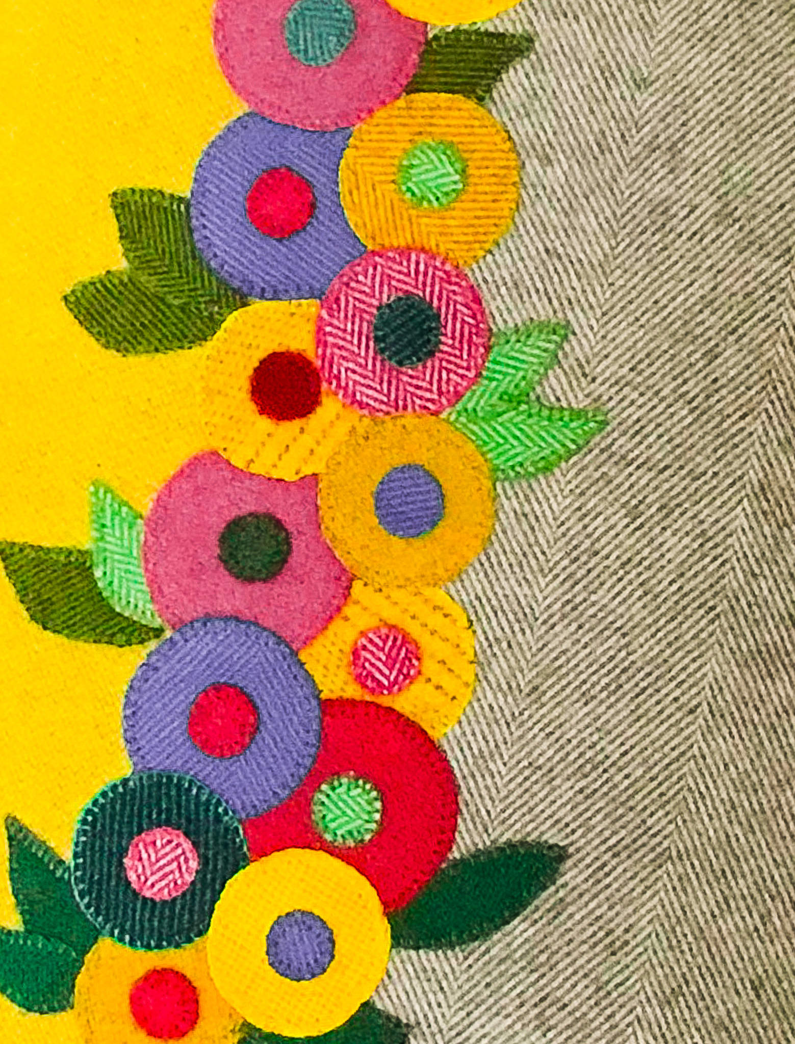 Fabric Affair:Sunshine cushion kit.