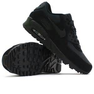 Nike Air Max 90-SUEDE Triple Black